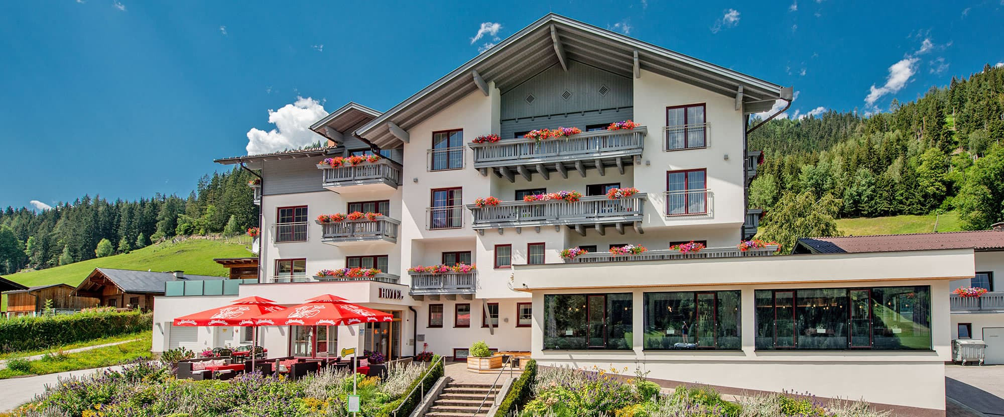 Schladming Hotel Sonnschupfer | Good value 3 star Superior Hotel in the Schladming-Dachstein area -> perfect for your summer holiday in Austria